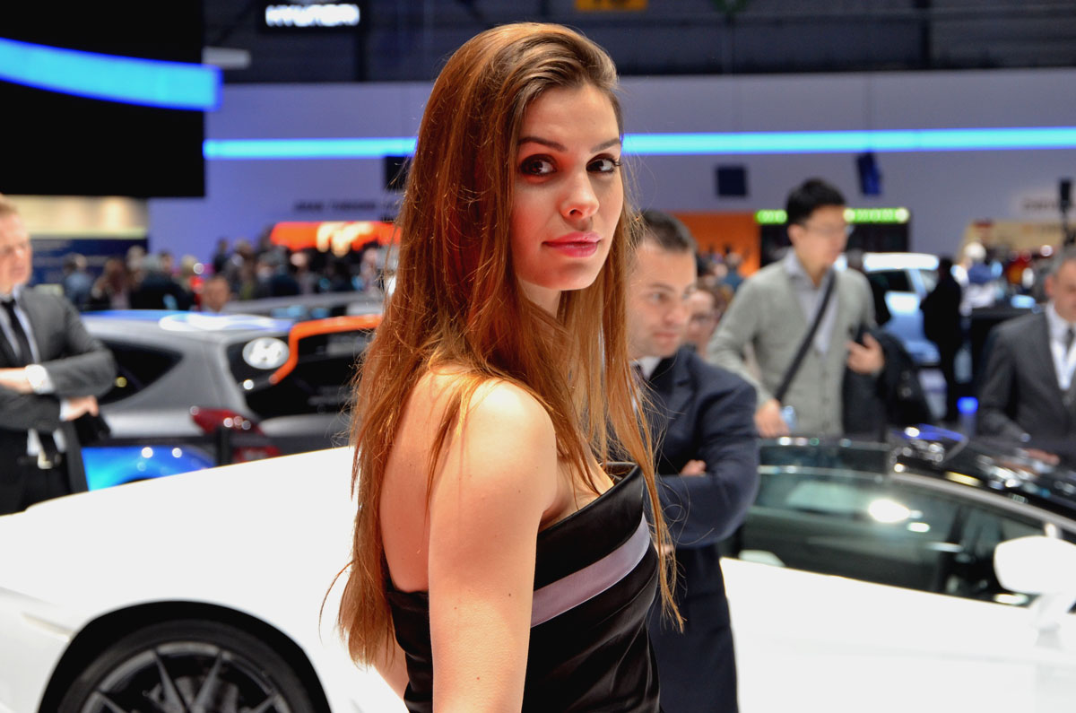 hostessen_autosalon_genf_05