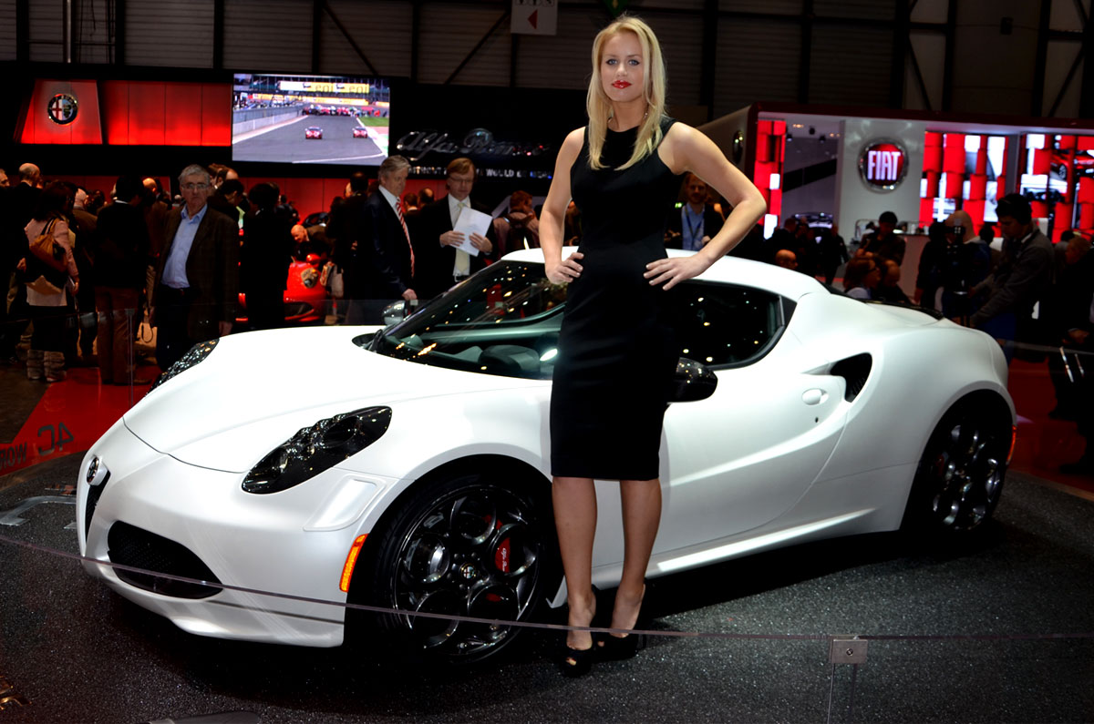 hostessen_autosalon_genf_11